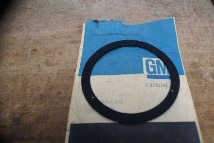 Emblem Gasket,Front/Rear,GM 3753163,New